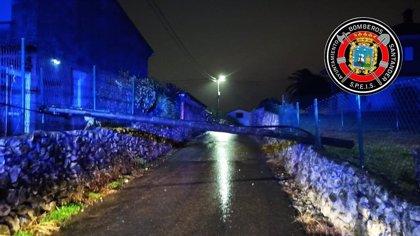 El viento y las lluvias generan 54 llamadas a emergencias y 29 incidencias