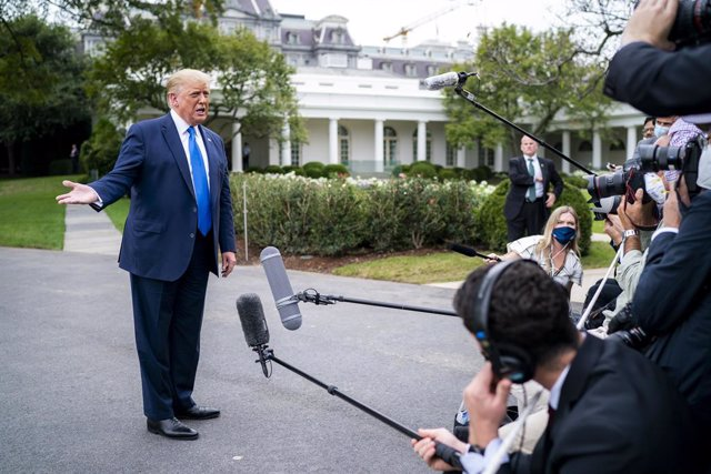 EEUU.- Trump dice que Amy Coney Barret, favorita para la vacante del Tribunal Su
