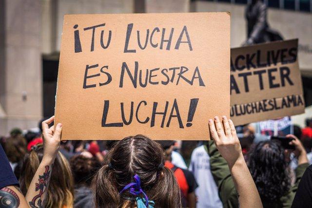 EEUU.- La comunidad hispana, infrarrepresentada pero cada vez más movilizada en