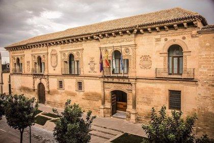 Ayuntamiento de Baeza destina 330.000 euros a canalizaciones de fibra óptica y la pone a disposición de operadores