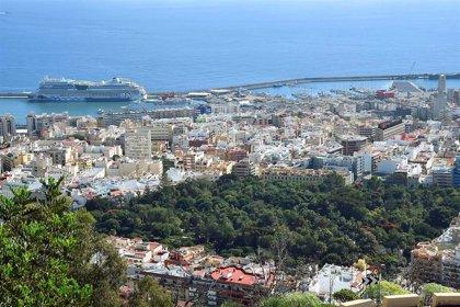 Santa Cruz de Tenerife anuncia más controles para minimizar la pandemia y apela a la responsabilidad ciudadana