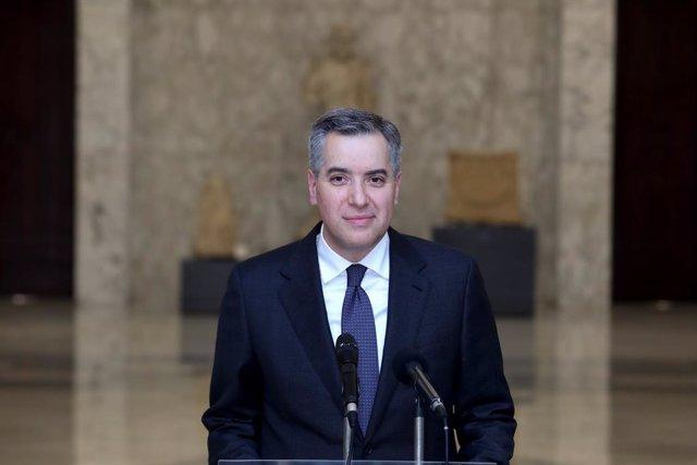 El primer ministro designado de Líbano, Mustafá Adib