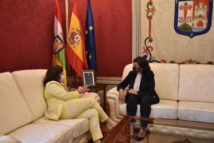 """Moreno (IU) admite que las relaciones con el Gobierno regional """"atraviesan ciertas dificultades"""" pero """"se recuperarán"""""""