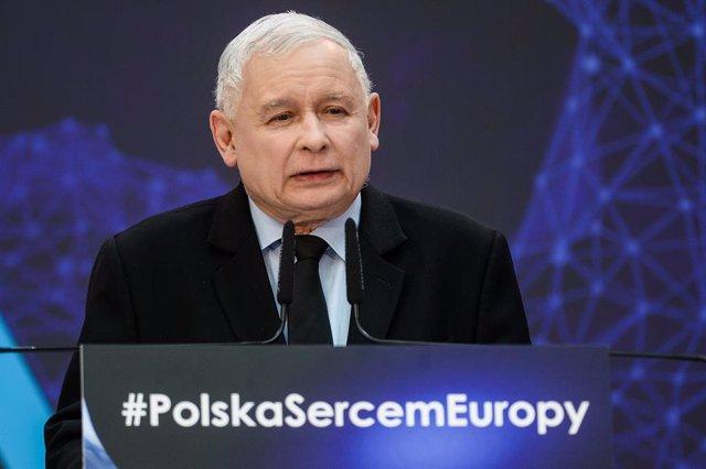 Polonia.- Los tres partidos conservadores que apoyan al Gobierno polaco sellan u