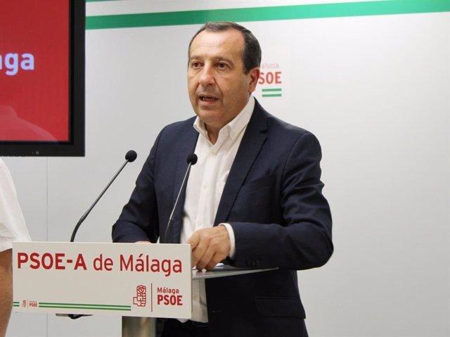 José Luis Ruiz Espejo, secretario general del PSOE de Málaga y parlamentario autonómico, en rueda de prensa
