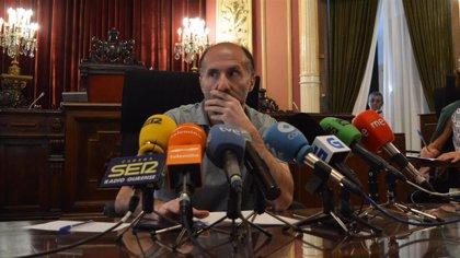 """Jácome se reivindica como """"único interlocutor válido"""" de DO e inicia la expulsión del partido de los concejales díscolos"""