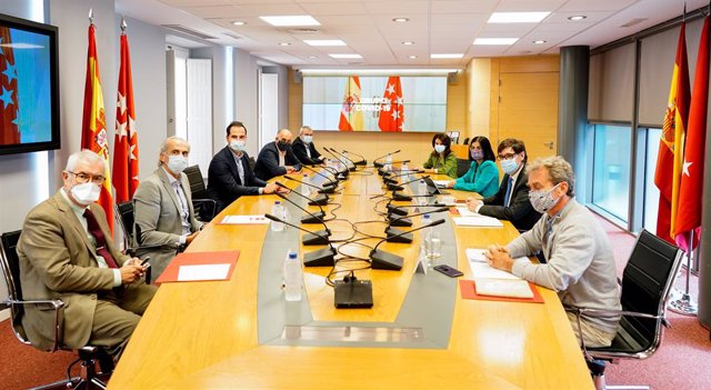 Imatge de la reunió Grup Covid