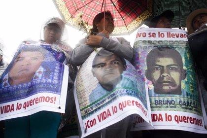 La investigación del caso Ayotzinapa revela que el Gobierno anterior mintió, torturó y encubrió lo ocurrido