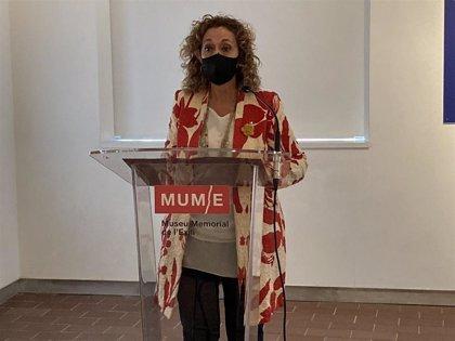 """Capella recuerda la """"memoria perdida"""" de los exiliados al inaugurar la exposición 'Stolen Memory'"""