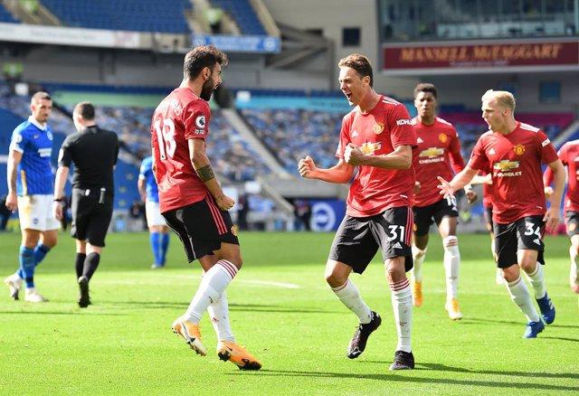 Fútbol/Premier.- (Crónica) El United vence de milagro y un Chelsea sin Kepa evit