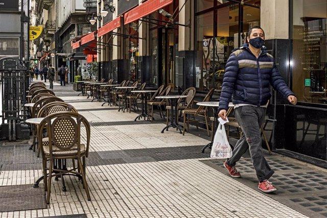 Coronavirus.- Argentina supera los 700.000 casos de coronavirus aunque mantiene