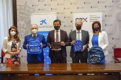 Convenio entre Ayuntamiento de Granada, Fundación La Caixa y Caixabank para luchar contra la brecha digital en educación