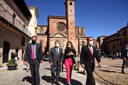 """Junta convoca una """"mesa de proyectos"""" con agentes sociales para captar fondos europeos aplicables al turismo"""
