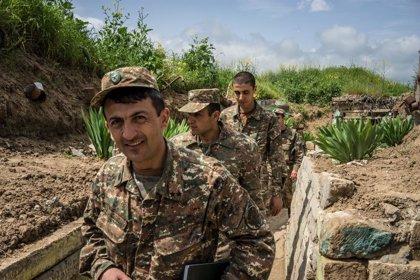 Azerbaiyán/Armenia.- Azerbaiyán también declara la ley marcial por los combates en Nagorno-Karabaj