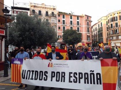 Foro Baleares exige en Palma la dimisión de los gobiernos de Sánchez y Armengol