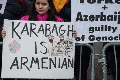 Al menos 31 militares de Nagorno Karabaj muertos en los choques entre Azerbaiyán y Armenia