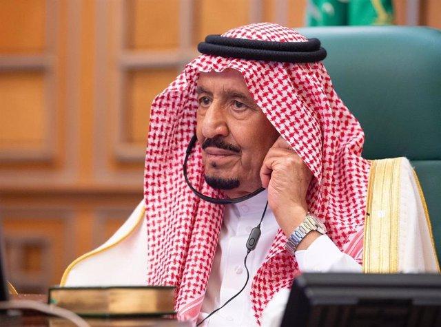 """Irán.- Arabia Saudí pide """"una posición internacional firme"""" para que Irán no se haga con armas nucleares"""