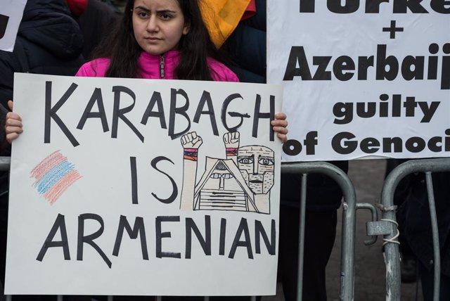 AMP2.-Azerbaiyán/Armenia.- Al menos 31 militares de Nagorno Karabaj muertos en l