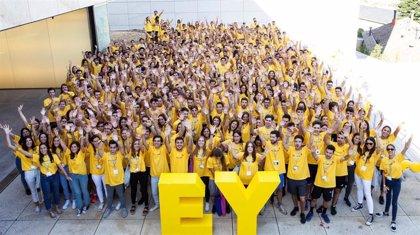 EY incorporará 1.200 empleados en los próximos 12 meses y realiza cerca de 600 promociones en el último año