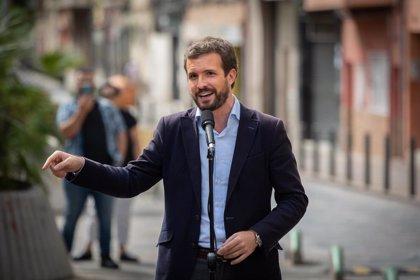 """Casado acusa a Sánchez de """"avalar"""" con su silencio los """"ataques"""" al Rey: """"Demuestra complicidad y cobardía"""""""