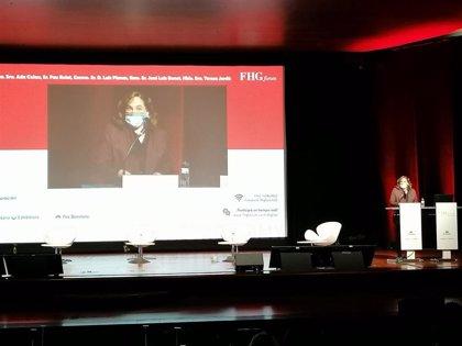 Luis Planas, Teresa Jordà y Ada Colau defienden repensar agroalimentación, turismo y gastronomía