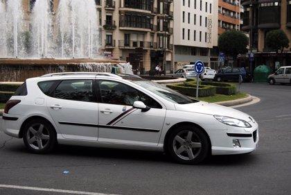 Licencia 0 y accesibilidad en las 'Calles Abiertas', principales peticiones de los taxistas logroñeses al Ayuntamiento