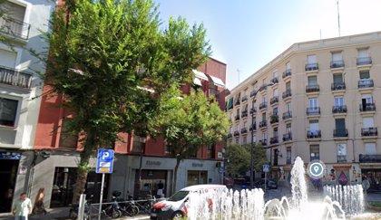 """Sancionado en Madrid un asesor de Bildu que llamó """"perros"""" a los agentes que le pillaron bebiendo alcohol en la calle"""