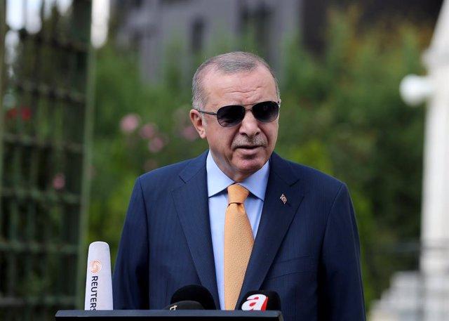 """Armenia/Azerbaiyán.- Erdogan insta a Armenia a terminar con la """"ocupación"""" de Na"""