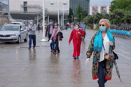 """Sanidad dice que la segunda oleada de Covid está """"en claro descenso"""" en Cantabria"""