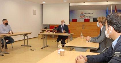 Sanidad y FMC mantendrán encuentros quincenales para analizar la evolución del Covid