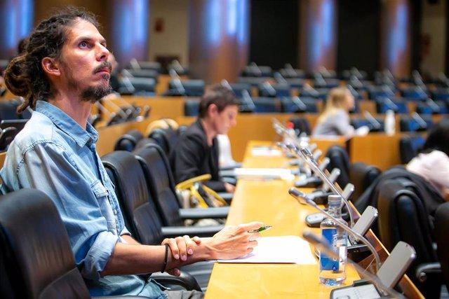 El diputado y Secretario de Organización de Podemos, Alberto Rodríguez, en el Congreso.