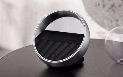 Beoremote Halo, el nuevo mando a distancia con pantalla táctil de Bang & Olufsen