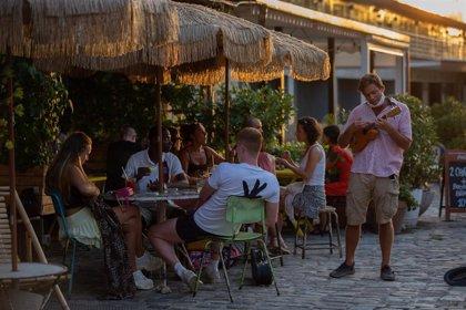 El Congreso vota la propuesta del PP de un IVA superreducido para el turismo hasta 2021