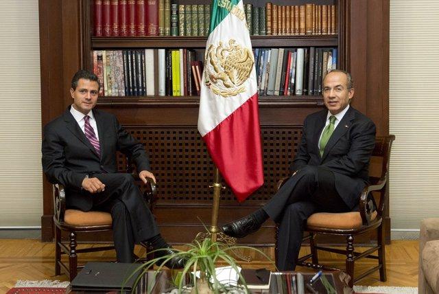 Enrique Peña Nieto y Felipe Calderón