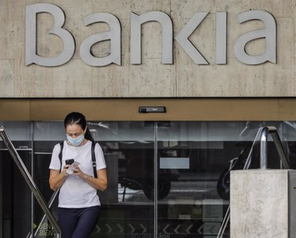 Bankia lanza un fondo de inversión que replica a un  índice de empresas de descarbonización