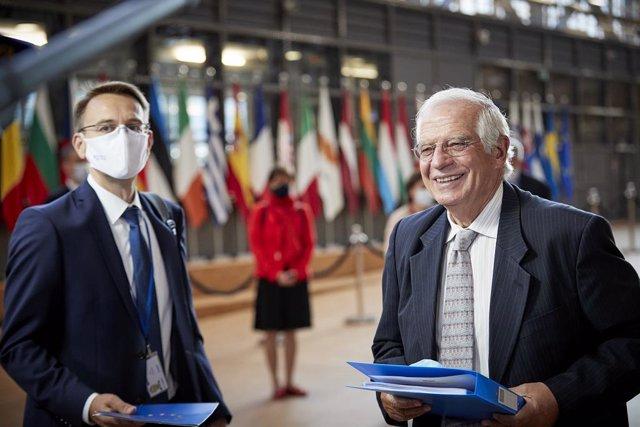 Balcanes.- Borrell pide a Macedonia acelerar las reformas comprometidas con la U