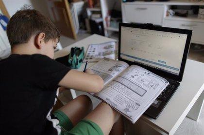 El Congreso insta al Gobierno a aprobar un Plan de Digitalización para reducir la brecha digital en la educación