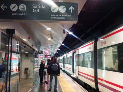 Renfe implantará en la red de Cercanías el sistema de acceso y pago directo en tornos con tarjeta bancaria