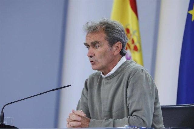 el director del Centro de Coordinación de Alertas y Emergencias Sanitarias -CCAES- Fernando Simón, comparece en rueda de prensa telemática en Moncloa, para informar de la evolución de la COVID-19, en Madrid (España), a 28 de septiembre de 2020.