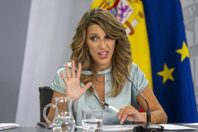 La ministra de Trabajo y Economía Social, Yolanda Díaz, comparece en rueda de prensa posterior al Consejo de Ministros en Moncloa, Madrid (España), a 22 de septiembre de 2020.