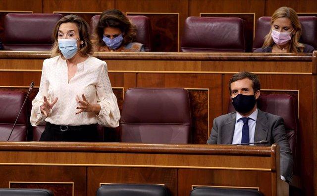 La portavoz del PP en el Congreso de los Diputados, Cuca Gamarra, interviene durante una sesión de control al Gobierno en el Congreso de los Diputados, en Madrid (España), a 23 de septiembre de 2020. Los pactos presupuestarios copan el protagonismo del pl