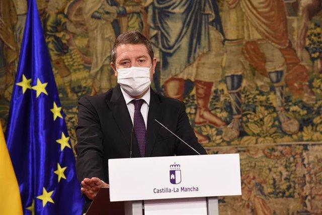 El presidente de Castilla-La Mancha, Emiliano García-Page, en Fuensalida.