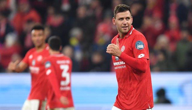 Fútbol.- Szalai denuncia al Mainz por apartarle del equipo