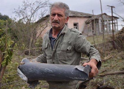 Armenia y Azerbaiyán se acusan mutuamente de atacar territorios fuera de Nagorno Karabaj