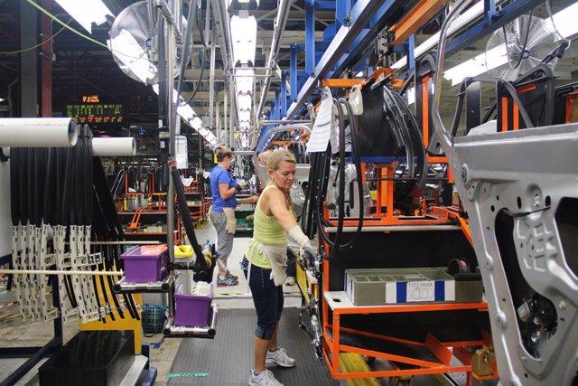 Economía/Motor.- General Motors invierte 60 millones en dos plantas de producció