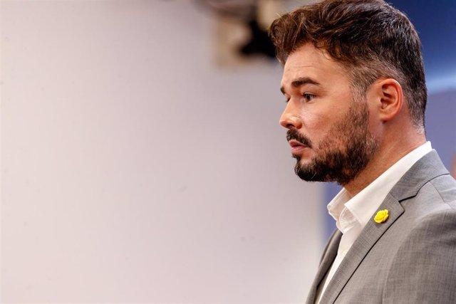 El portavoz de ERC en el Congreso de los Diputados, Gabriel Rufián, en rueda de prensa