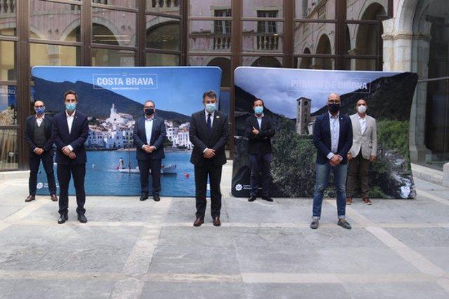 Pla general dels membres del Patronat de Turisme Costa Brava - Girona en el balanç de la temporada el 29 de setembre de 2020 (Horitzontal)