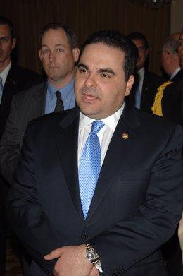El Salvador.- El expresidente de El Salvador Antonio Saca podría optar a la libe