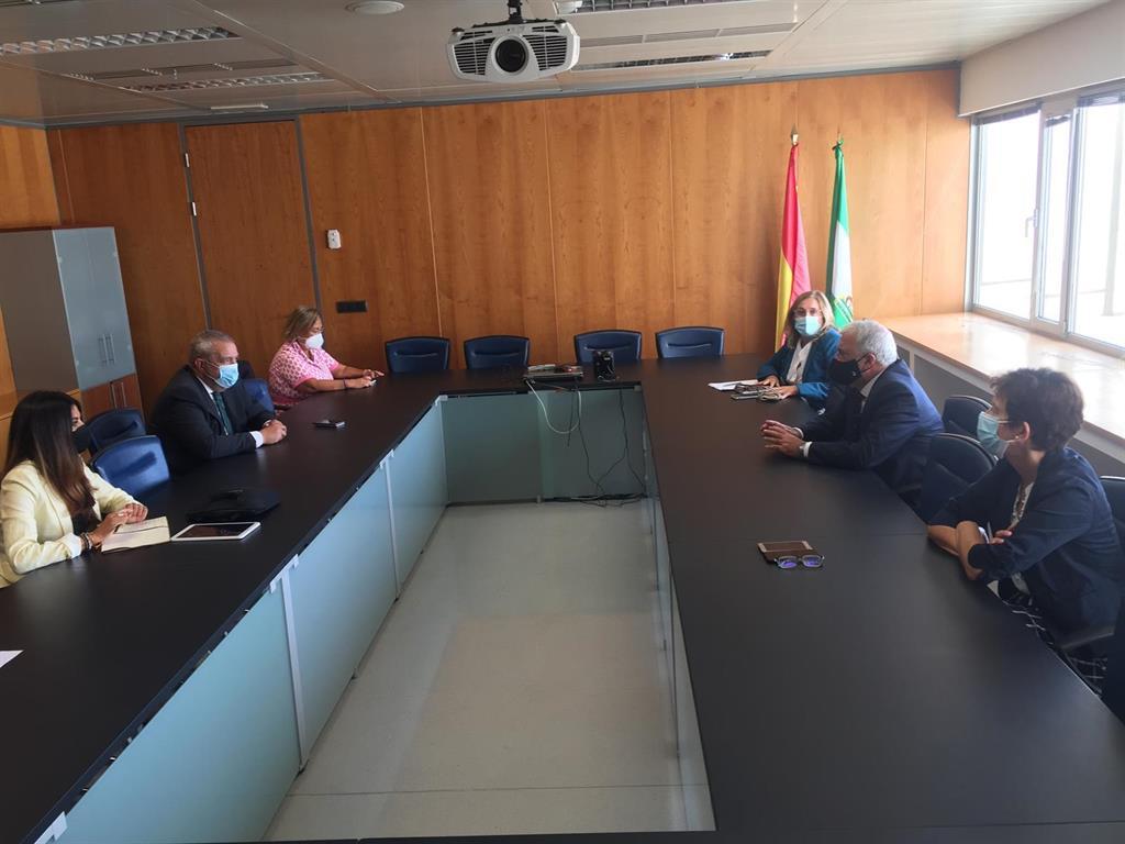 """Justicia destaca """"la buena acogida"""" del Plan de Choque con más de 350 funcionarios realizando horas extras en Málaga 2"""