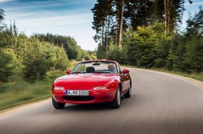 Mazda amplía su catálogo de piezas para restaurar los MX-5 clásicos en Europa